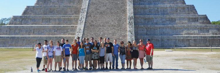 Mérida - Language & Culture